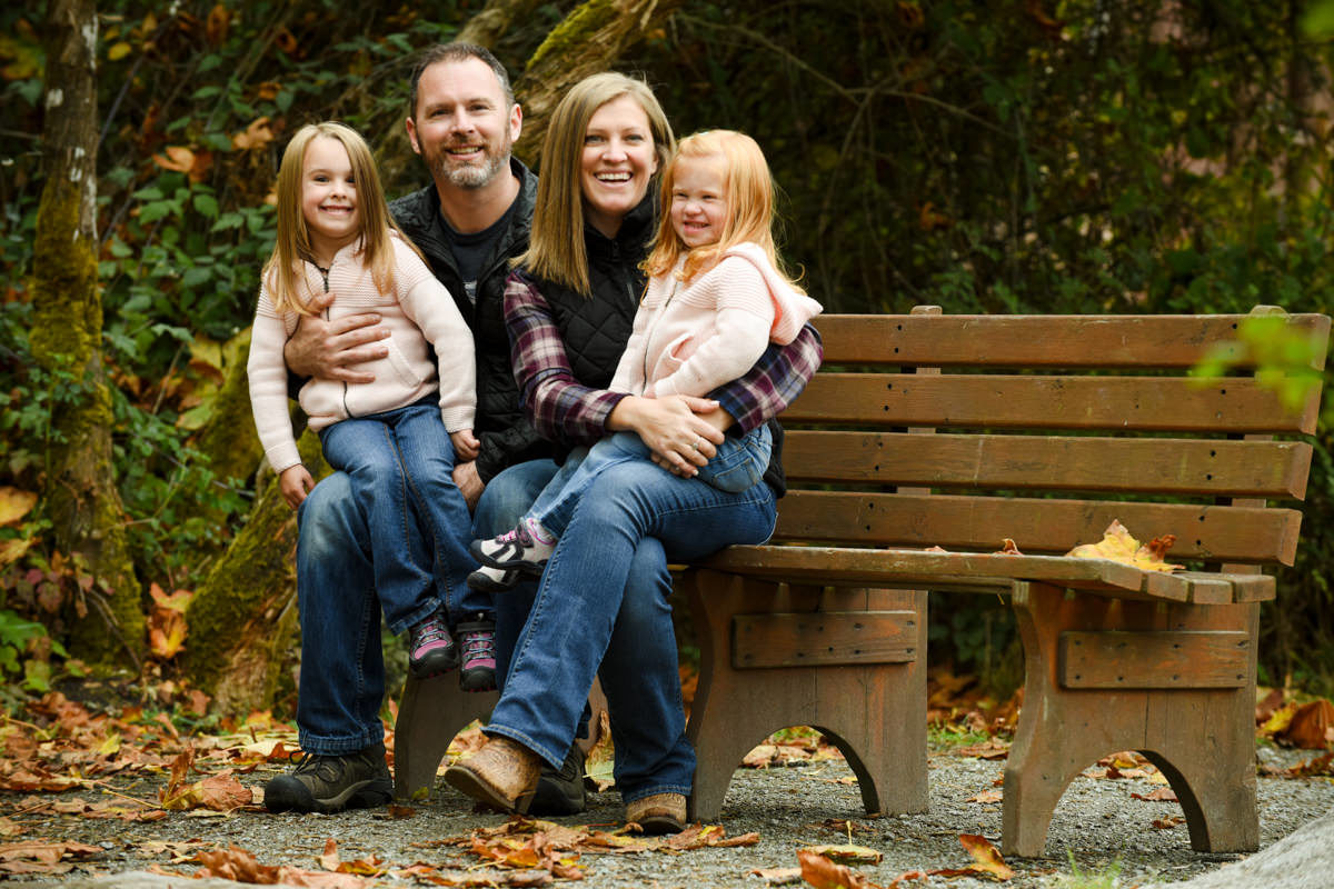 Bellingham Washington Family Portrait Park bench