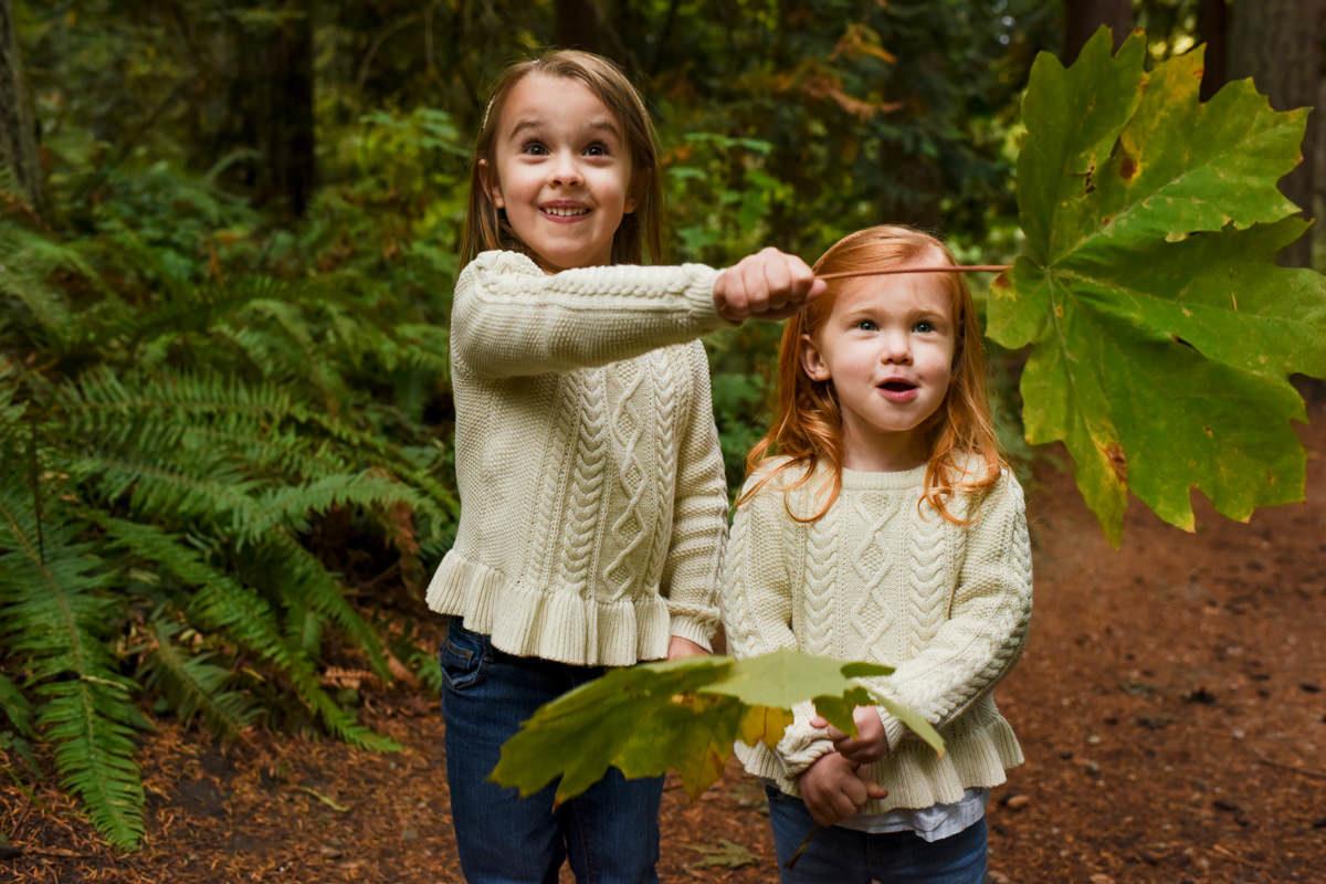 Bellingham Washington Family Portrait girls leaves
