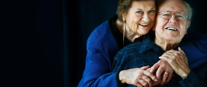 Bozeman portrait photography grandparents blue hug