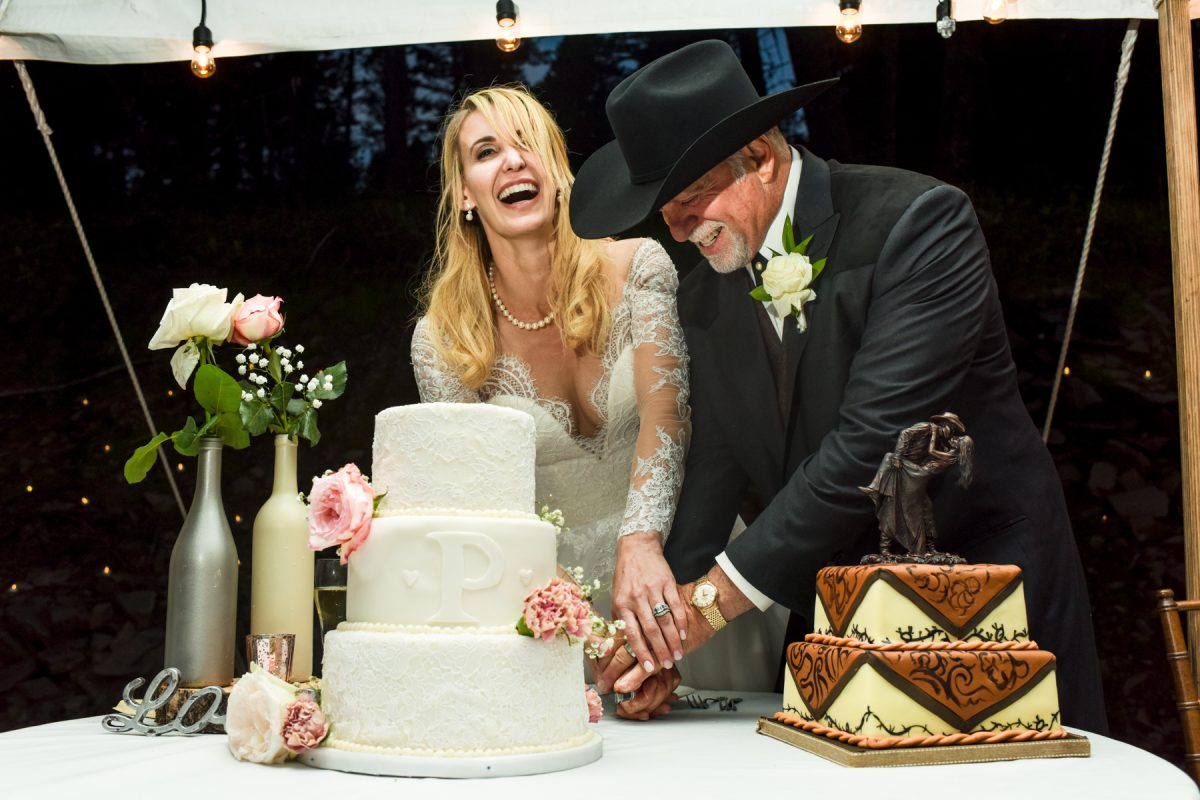 Livingston Wedding Photographer cowboy wedding cake cutting