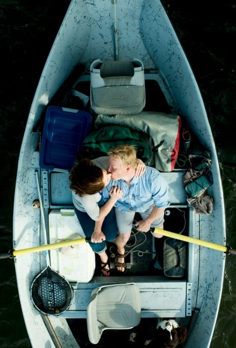 Bozeman_Portrait_Photographer_Engagement_driftboat_kiss