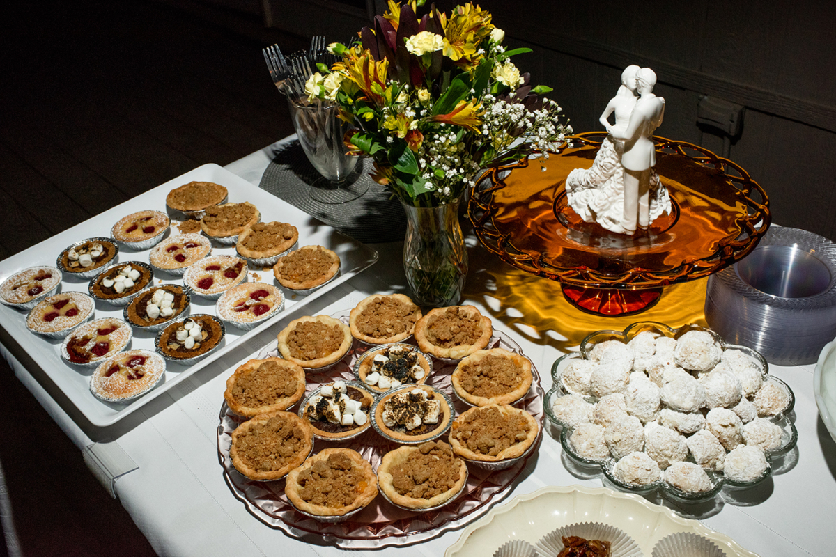 Destination_Wedding_Photographer_California_wedding_pies