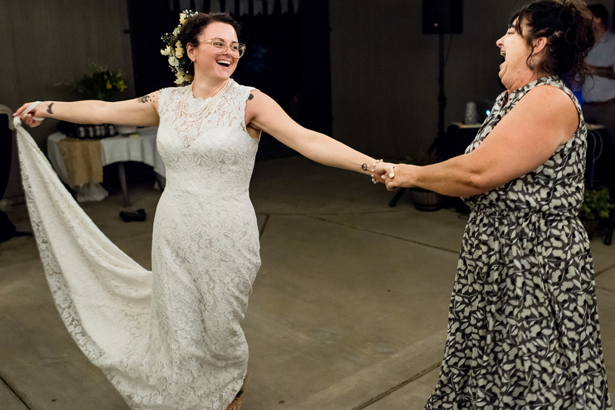Destination_Wedding_Photographer_California_wedding_dance