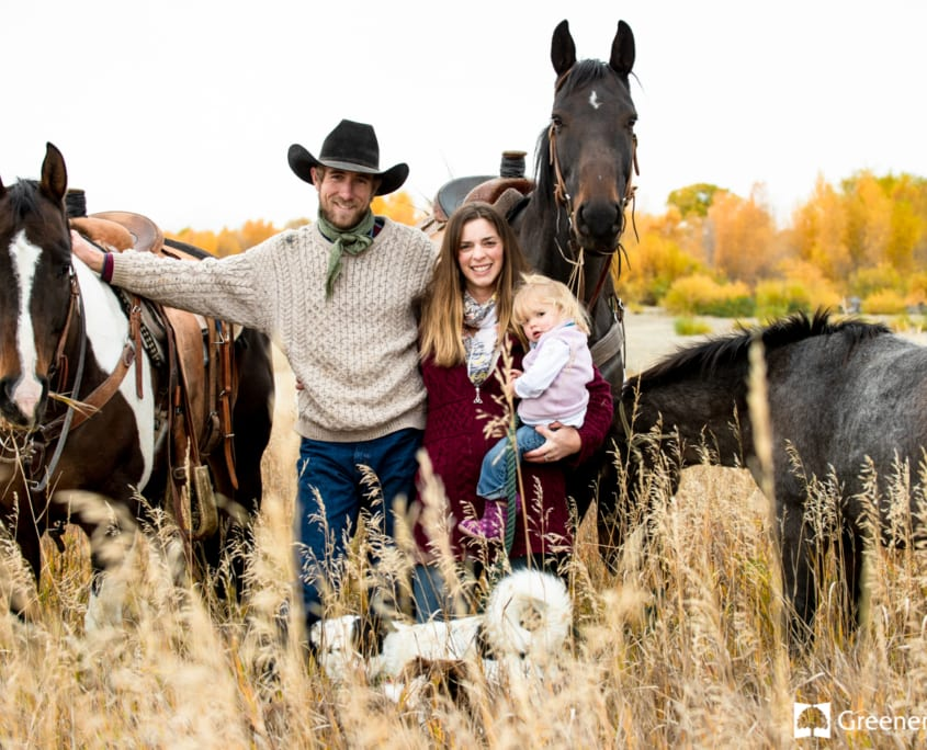 Horses-Fall-Headwaters-State-Park-Family-Portrait-Photography