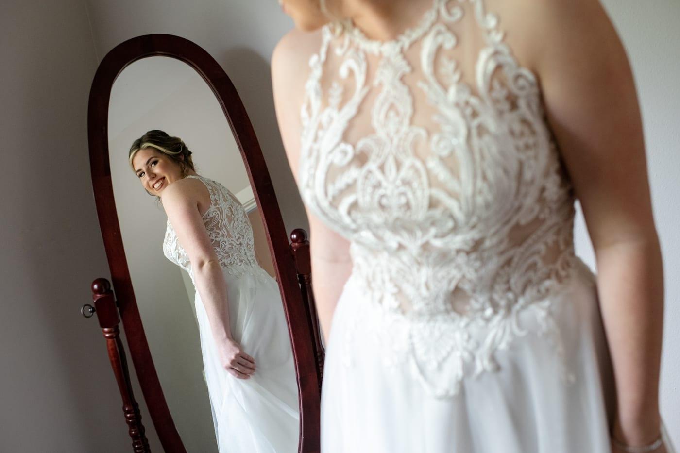 Bride-in-Mirror-Trinity-Tree-Farm-Wedding-Photos-Greener-Visuals